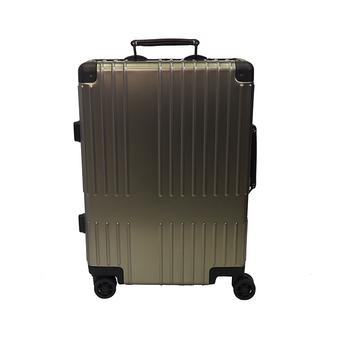 [イノベーター]10周年記念 アルミスーツケース (36L) チタニウム